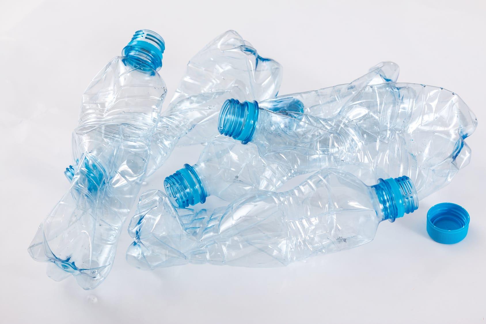 Riciclo plastica l ue recupera 66 miliardi di bottiglie for Scaldabagno di plastica
