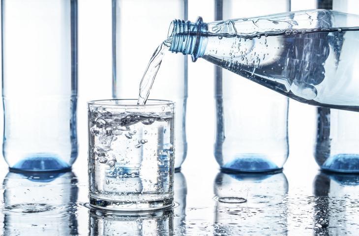 6 buoni motivi per bere acqua
