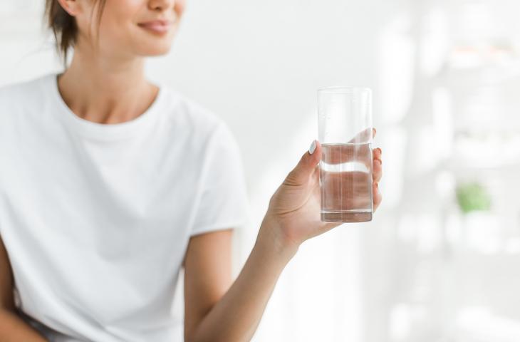 Idratazione: bere acqua aiuta il sistema immunitario - In a Bottle