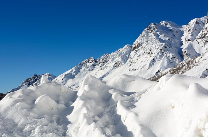Ascoltare i ghiacciai per scoprire a che velocità si sciolgono