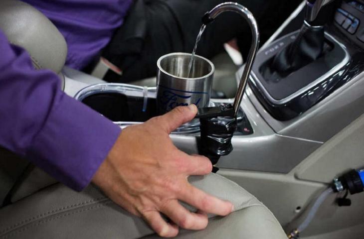Auto come fonti d'acqua: l'invenzione della Ford
