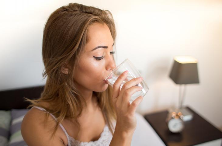Bere acqua favorisce il metabolismo, ecco perché – In a Bottle
