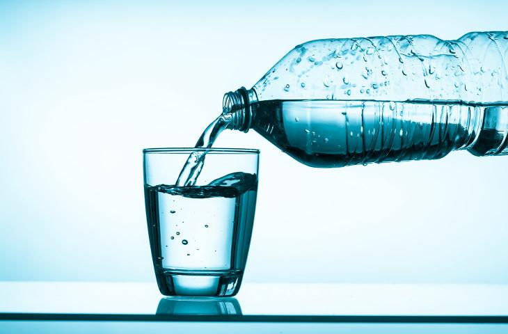 Consumo di aAcqua minerale:, italiani tra i campioni mondiali - In a Bottle