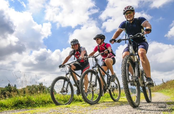 Cycling for Water: la raccolta fondi che garantisce l'acqua – In a Bottle