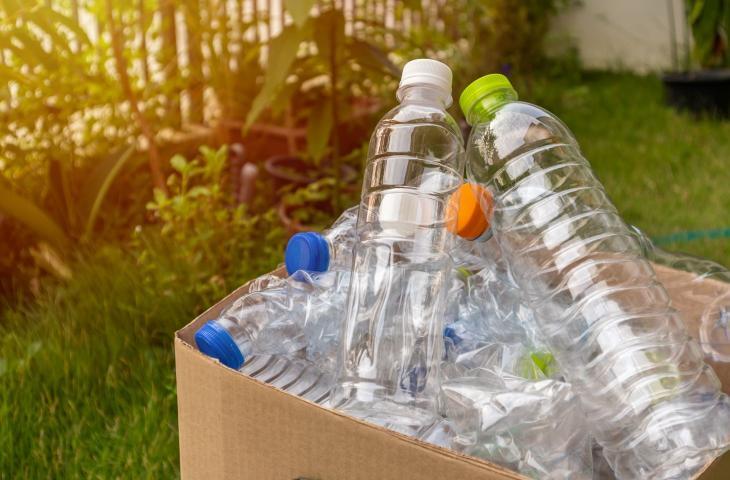 Dalla Spagna arriva una plastica biodegradabile a base di alghe e farina - In a Bottle