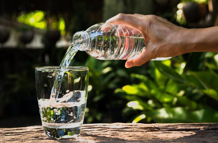 Ecco 10 motivi per bere molta acqua minerale