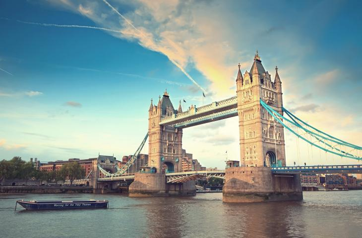 La piscina più lunga d'Europa  sarà costruita a Londra alt_tag