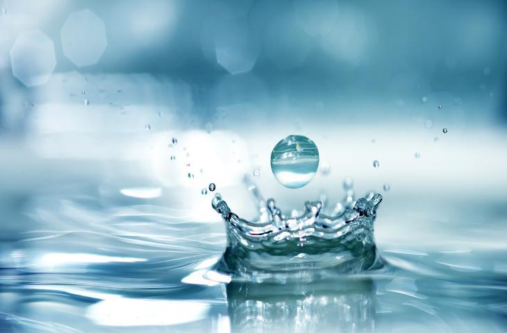 I benefici (poco conosciuti) dell'acqua minerale_alt tag