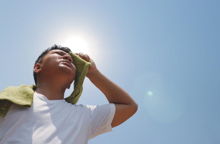 Bere Poca Acqua: i Rischi di una Cattiva Idratazione – In a Bottle