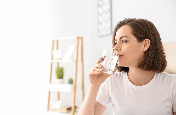 Seguire una corretta idratazione è fondamentale per combattere le allergie stagionali - In a Bottle