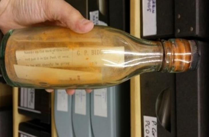 Messaggio in bottiglia, a destinazione dopo un secolo in mare