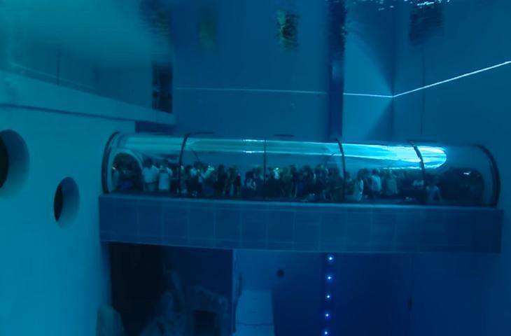 La piscina pi profonda del mondo si trova in italia for Piscina y 40 montegrotto terme