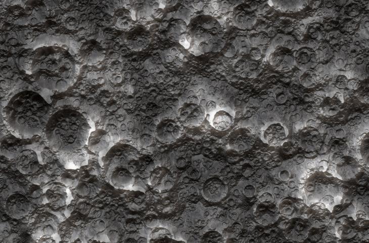 Molecole d'acqua sulla luna: la NASA traccia il percorso – In a Bottle