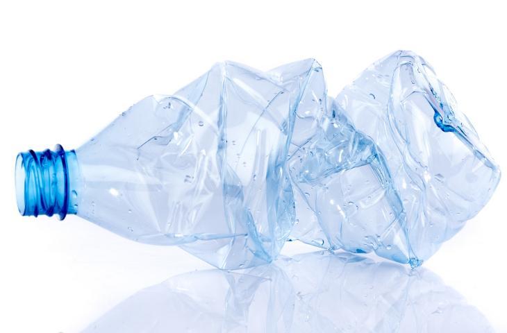 Ogni plastica è diversa: scopri come riciclarla correttamente