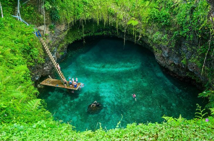 Toa Sua, la piscina naturale più bella del mondo alt_tag