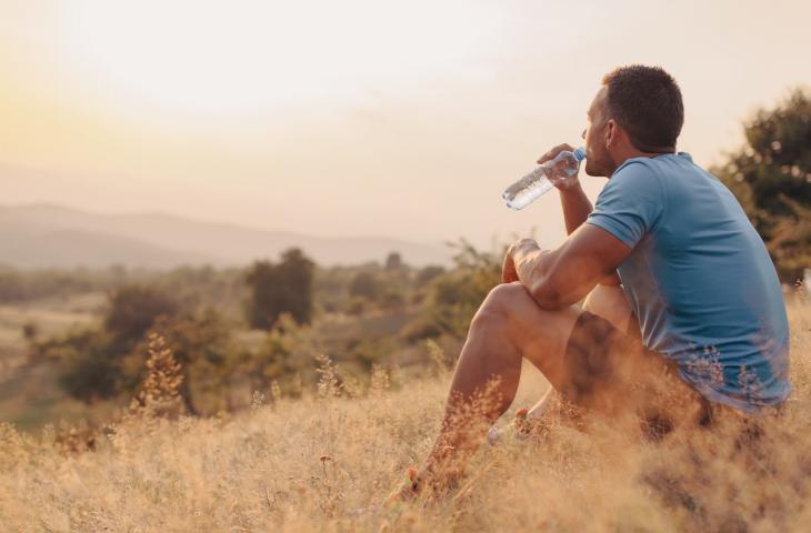 Idratazione in Estate Restare in Forma e Prendersi Cura del Corpo – In a Bottle