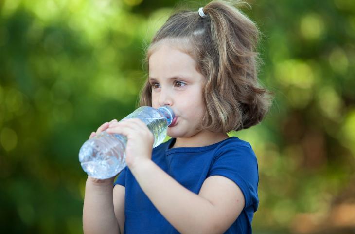 Ritorno a scuola: consigli pratici per una corretta idratazione