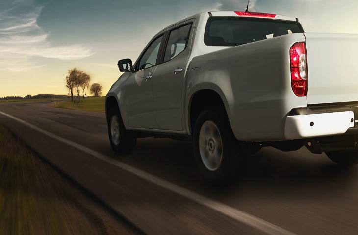 Rivian R1T, il nuovo pick-up elettrico d'Oltreoceano nel segno della mobilità sostenibile - In a Bottle