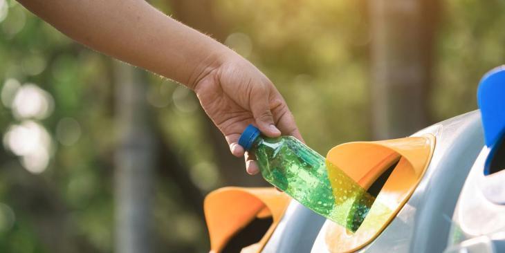 L'impegno del Gruppo Sanpellegrino per il riciclo delle bottiglie PET - In a Bottle
