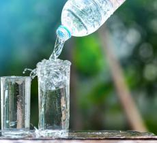 9 motivi per bere acqua anche senza avere sete