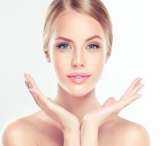 Acqua frizzante: come usarla per la cura del viso