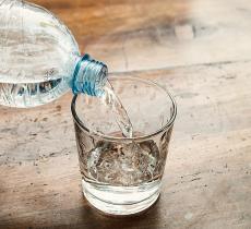 Acqua minerale e acqua di rubinetto: scopriamole meglio_alt tag