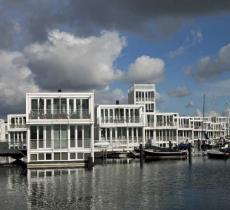 Prototipo di Baca Architects, studio specializzato in alloggi resistenti alle inondazioni, per trovare una soluzione alla crisi degli alloggi di Londra