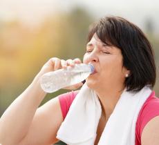 Disidratazione e obesità: lo studio dell'Università del Michigan