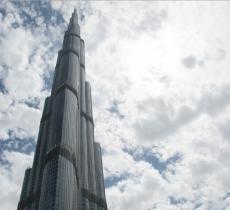 """Gli Emirati Arabi investono per """"far piovere"""" le nuvole"""