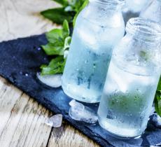 I 6 benefici dell'acqua fredda alt_tag