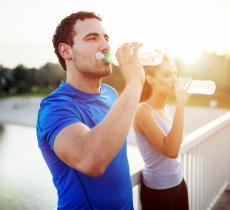 Bere Poca Acqua e Invecchiamento precoce del Cervello – In a Bottle