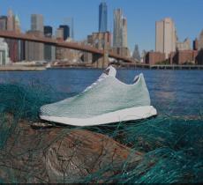 Scarpe ecologiche: le sneakers realizzate con rifiuti oceanici