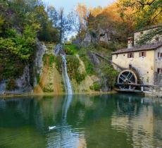 Il Molinetto della Croda, uno dei più antichi mulini ad acqua in Italia - In a Bottle