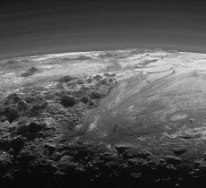 La NASA scopre ghiacciai su Plutone