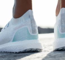 Scarpe di plastica riciclata: la novità per chi corre