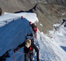 Tra Italia e Austria una rete di sensori per misurare il ritiro dei ghiacciai_alt tag
