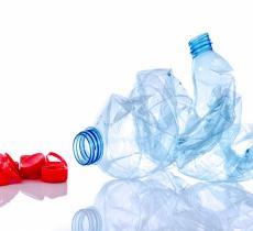 Your Bottle Means Job: la campagna che sensibilizza al riciclo