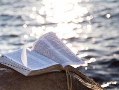 """""""Acqua"""", il nuovo libro con un fine benefico di Roberto Camurri - In a Bottle"""