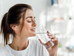 Acqua e donne: dal generare la vita ad un perfetto alleato di bellezza, la storia di un legame indissolubile - In a Bottle
