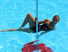Acquapole, allenarsi in acqua divertendosi alt_tag