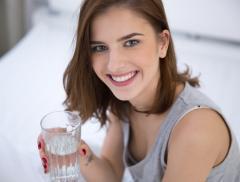 Bevi poca acqua? Allora sei più irritabile!