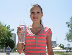 I 7 trucchi per bere più acqua