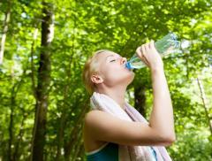 Come idratarsi dopo un allenamento intenso