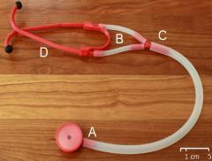 Creato lo stetoscopio di plastica riciclata