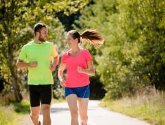 Jogging e idratazione: ecco come praticare lo sport più amato della primavera_alt tag
