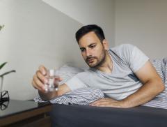 Notte insonne o riposo disturbato? La causa potrebbe essere una scarsa idratazione - In a Bottle