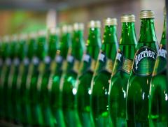 "Acqua Perrier accompagna la mostra ""Goût de/Good France"""