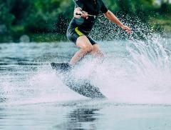 Sport acquatici: i più divertenti dell'estate 2019 – In a Bottle
