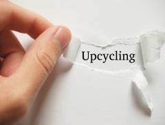 Da rifiuti a oggetti creativi: l'upcycling migliora la vita