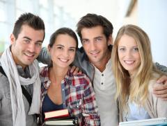 Estate, vacanze all'insegna del lavoro per oltre tre studenti su 10 - In a Bottle